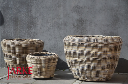 Pflanzenkübel aus Kubu Rattan